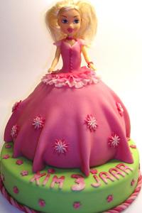Barbie taart met marshmellowfondant